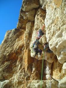 stage escalade en terrain d'aventure avec Cordévasion