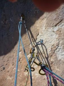 Manips de corde escalade, relai relié