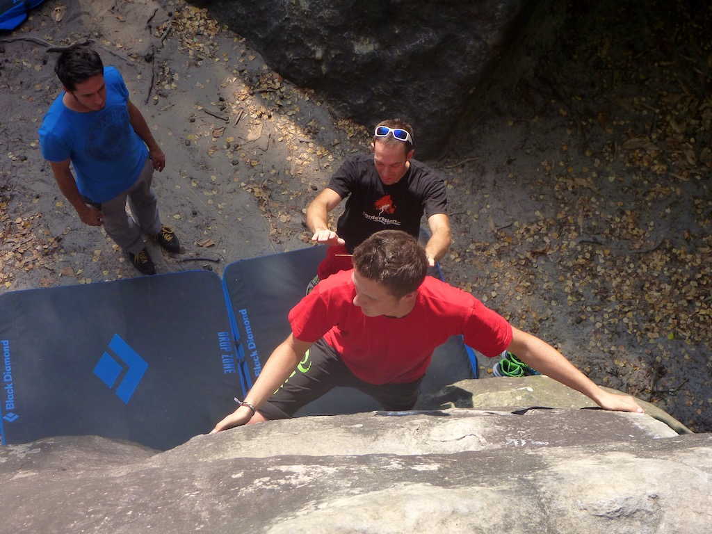 Stage-escalade-bloc-journée-reims-Fontainebleau